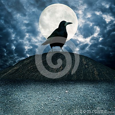 Free Giant Raven On The Hill Royalty Free Stock Images - 115292809