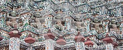 Giant statue at Wat Arun