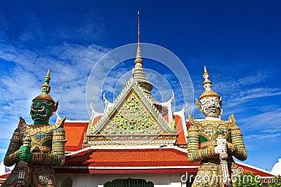 Giant in Wat thai