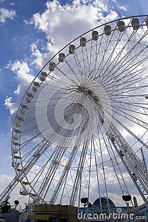 Giant Wheel 3