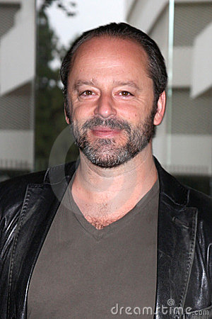gil bellows falling skies