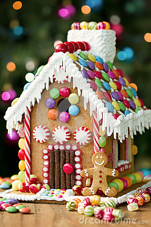 Free Gingerbread House Stock Photos - 34115053