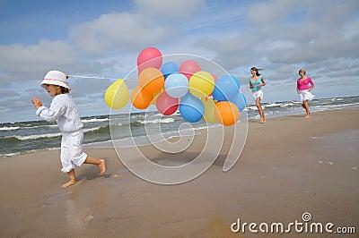 Giocando sulla spiaggia