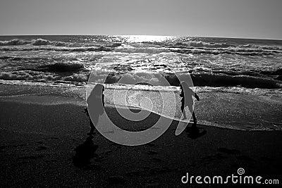 A gioco sulla spiaggia