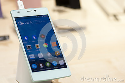 GIONEE E7, MOBILE WORLD CONGRESS 2014 Editorial Photography