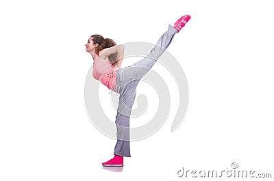 Giovane femmina che fa gli esercizi