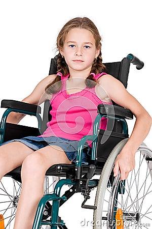 Giovane Ragazza Handicappata In Una Sedia A Rotelle