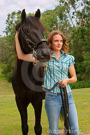 Free Girl And Horse Royalty Free Stock Image - 4822776
