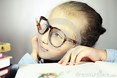 Girl with big glasses thought