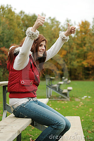 Free Girl Cheering Friends At Game Royalty Free Stock Photos - 3324758