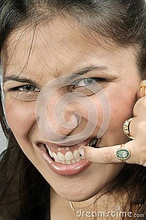 Girl cleaning teeth