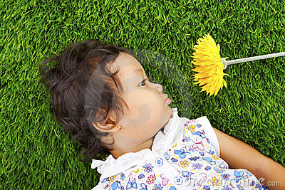 Girl with daisy flower