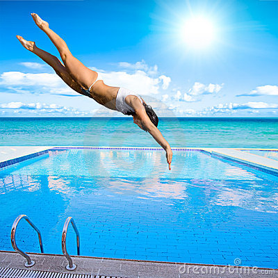 Free Girl Diving Into Pool Stock Photography - 10375652