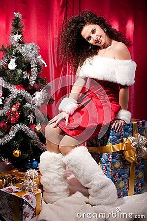 Girl gets a Christmas present