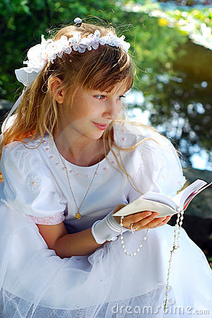 Free Girl Going To The First Holy Communion Royalty Free Stock Photos - 19762378