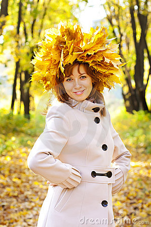 The girl in gold foliage