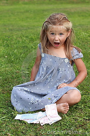 Girl in grey dress screaming