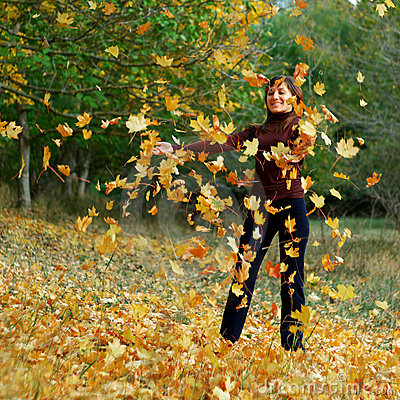 Free Girl In Autumn Leafs Royalty Free Stock Images - 11505559