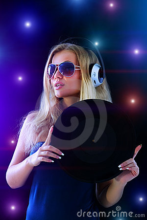 Free Girl Listening To Music Royalty Free Stock Photography - 15946967