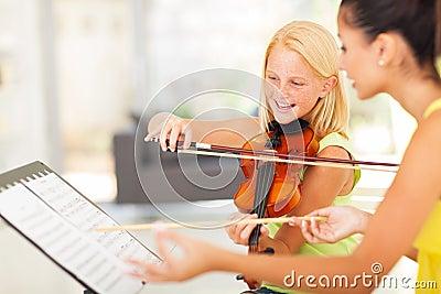 Girl music class