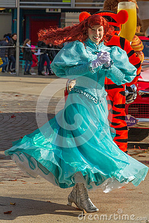 Free Girl Performer Disneyland Stock Photography - 98263162