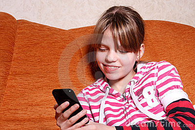 Girl play games on phone