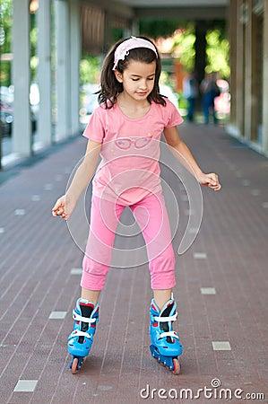 Free Girl Rollerskating Stock Images - 40405674