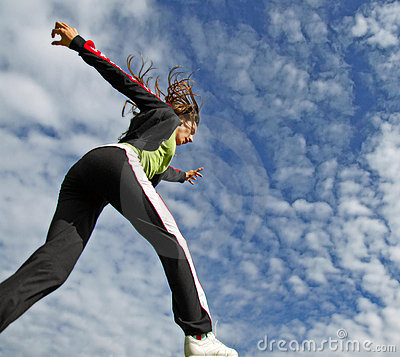 Free Girl Running Under Blue Sky Royalty Free Stock Images - 6654549