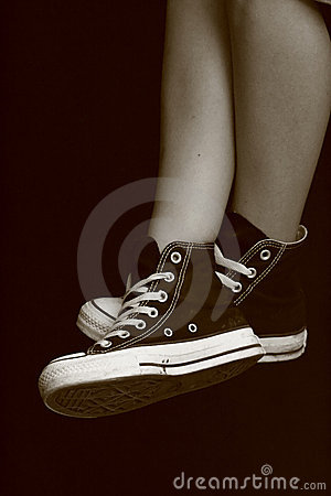 Girl s feet in converse sneakers (7)