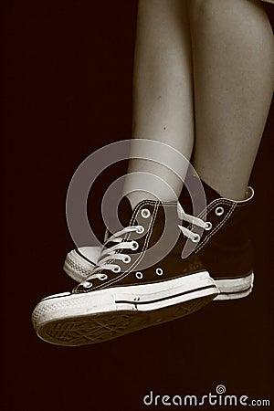 Girl s feet in converse sneakers (7)