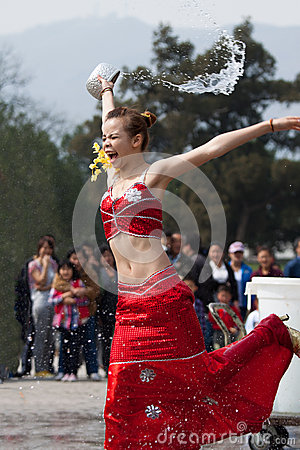 Free Girl Splashing Water, Funny And Overstated Emotions Royalty Free Stock Image - 65275166