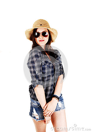 Girl with straw hat and sunglasses.