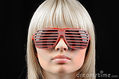 The girl in stylish sunglasses - jalousie