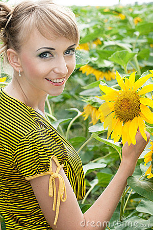 Girl with a sunflowers