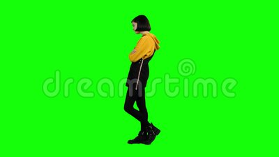 Girl takes offense at her friend, turned away from him. Green screen. Side view. Teenage girl takes offense at her friend, turned away from him she is distressed stock video