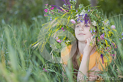Girl-teenager in wreath