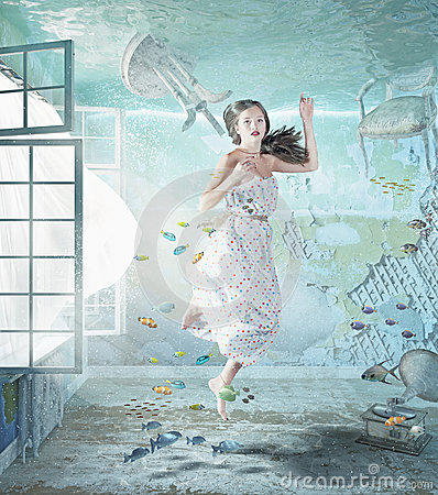 Free Girl Underwater Stock Photo - 45252260