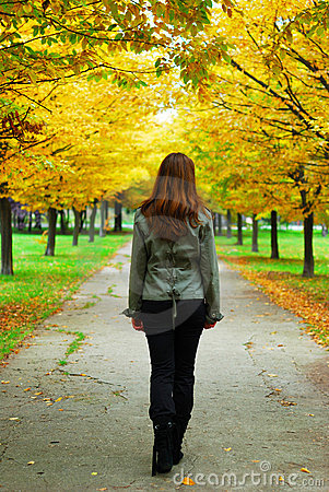 Free Girl Walking Through Life Royalty Free Stock Photography - 11578827