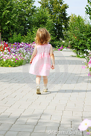 Free Girl Walks On Alley Stock Photo - 34921810