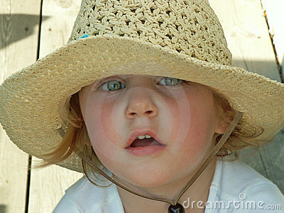 Girl wearing sun hat