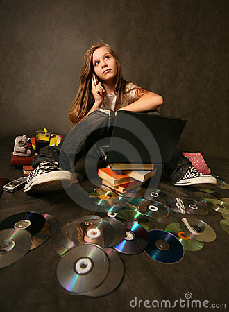 Free Girl With A Computer Stock Images - 3183494