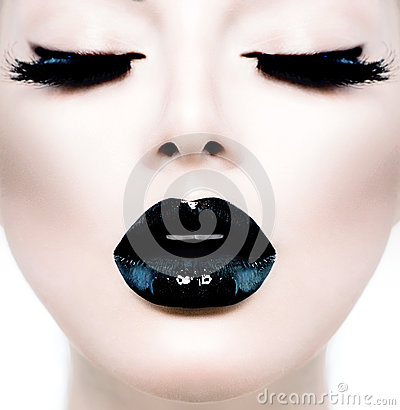 Free Girl With Black Makeup Stock Photo - 35464940