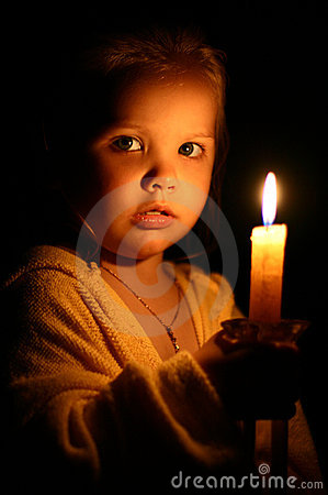 Free Girl With Candle Stock Photography - 8816972