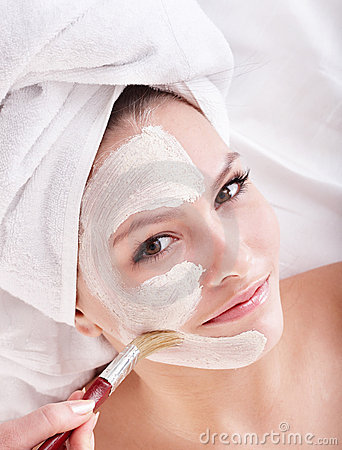 Free Girl With Clay Facial Mask. Stock Images - 15945894