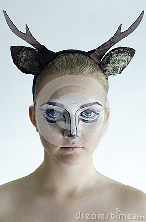 Free Girl With Deer Facepaint Royalty Free Stock Photos - 57045238