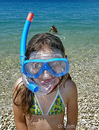 Free Girl With Diving Mask Stock Photography - 12994042