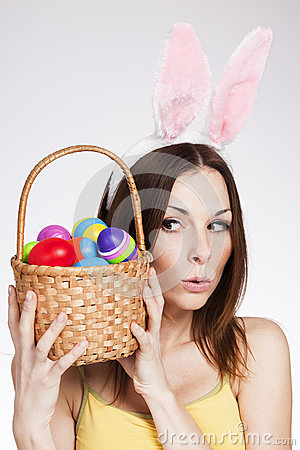 Free Girl With Easter Egg Basket Royalty Free Stock Images - 36182939