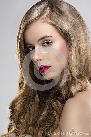 Free Girl With Flowing Hair Portrait Turned At Right Royalty Free Stock Photos - 28069168