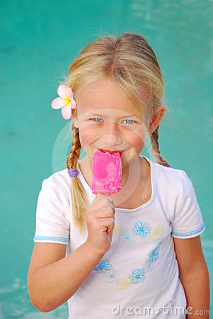 Free Girl With Pink Ice-cream Royalty Free Stock Photos - 24515808
