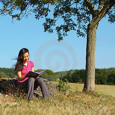 Free Girl Writing In Note Book Royalty Free Stock Photography - 6253677